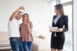 Prísnejšie hypotéky i spotrebné úvery. Finančné domy upravujú pravidlá