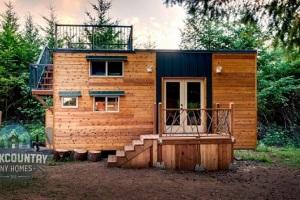 Zamilovaná dvojica si postavila dokonalý mini dom: Budete im ho závidieť