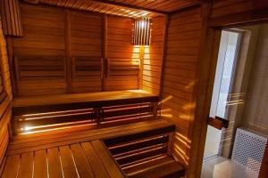 Pat a Mat v Novom bývaní: Ako Vlado Voštinár saunu nepostavil