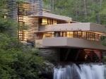 Tento dom postavili priamo nad vodopádom ešte v 30. rokoch minulého storočia: Dych vyráža ešte dnes!